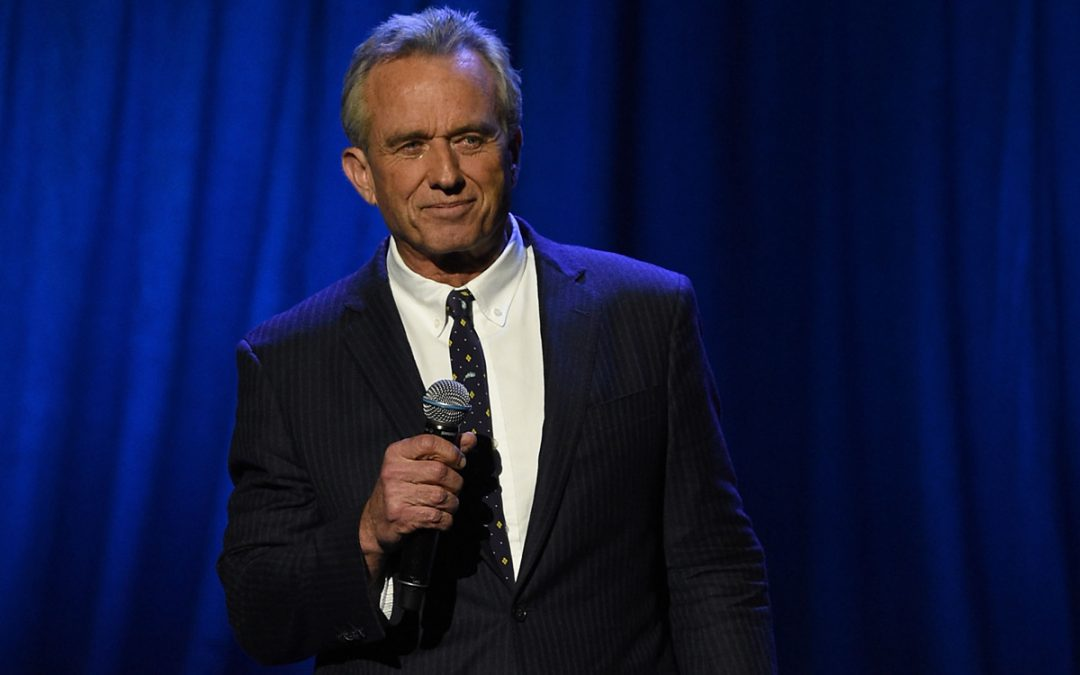 Robert Kennedy, Jr, Speaks the Unspeakable about Vaccines 4.8 (490)